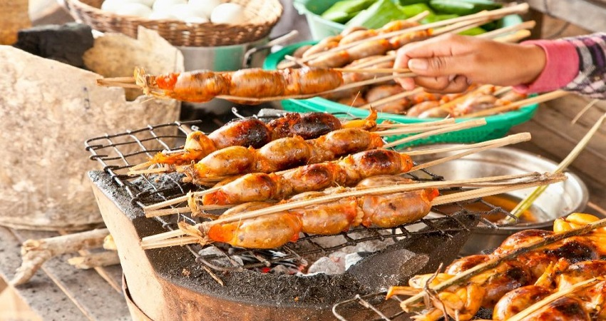 Street Food with Dinner- Small Group