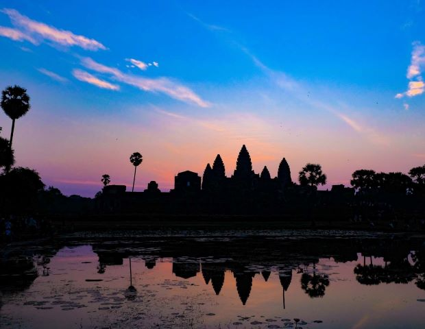 Angkor Wat with Sunrise - Small Group